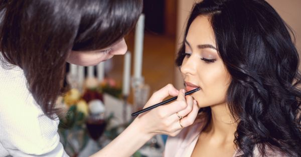 Dear Bride, 10 Things Your Makeup Artist Wants You To Know!